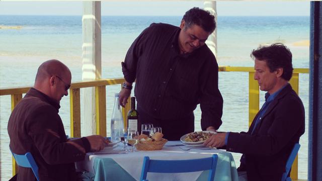Mimi und Montalbano in einem seiner Lieblingsrestaurant.