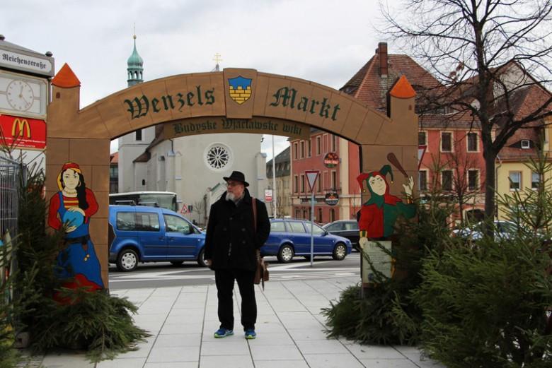 Icke auf dem Wenzelsmarkt in Bautzen.